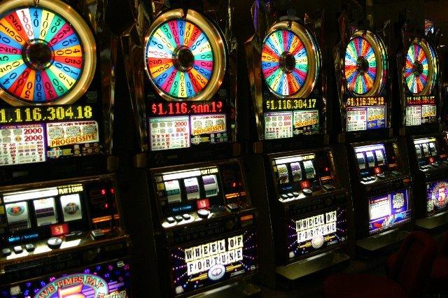 Мобильная версия казино Слотор