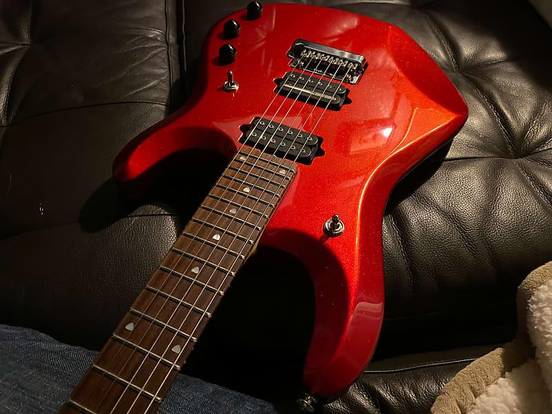 Кейс для гитары — надежная защита для струнного инструмента