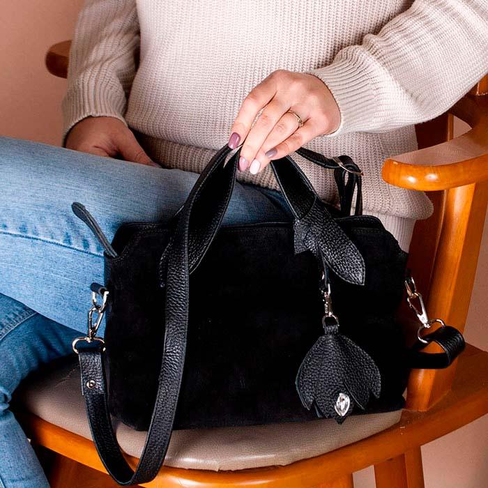 Большой ассортимент женских черных сумок