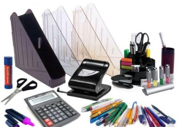 Покупка письменных принадлежностей