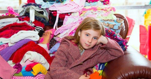 Базовая одежда в межсезонье для девочки